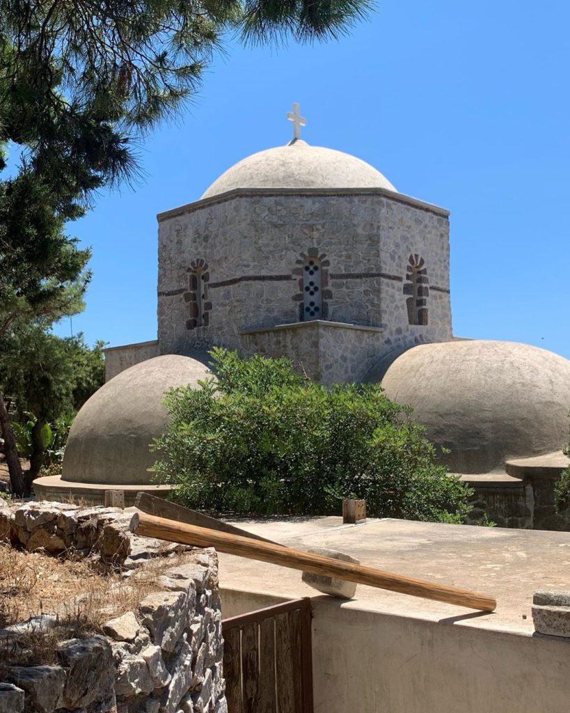 églises de santorin