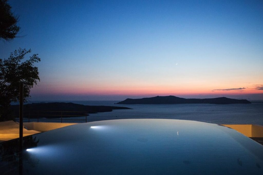 hôtels vue coucher de soleil santorin