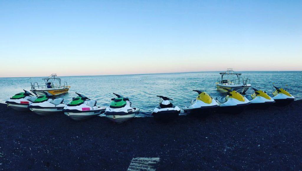 jet ski à santorin
